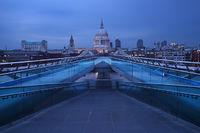st pauls, cathedral, london, millennium bridge, london, england, modern,