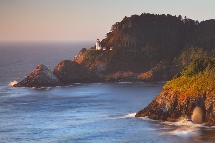 beacon, heceta head, heceta head lighthouse, light house, lighthouse, heceta head light house, sunset, ocean, oregon, co, photo
