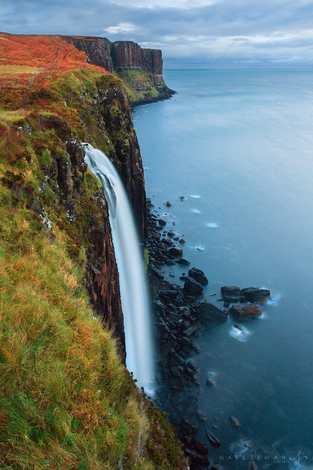 mealt falls, isle of skye, skye, trotternish, waterfall, loch mealt, kilt rock, basalt, , photo